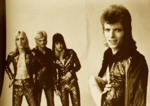 ziggy-stardust-and-the-spiders-from-mars-ziggy-stardust-26787975-1000-705